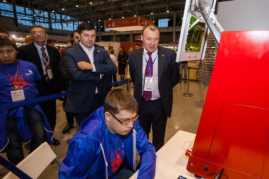 В «Екатеринбург-ЭКСПО» стартовал чемпионат WorldSkills Hi-Tech